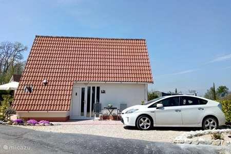 Vacation rental France, Ariège, Daumazan-sur-Arize bungalow Château Cazalères villa 121