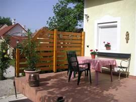 terras vanuit de keuken bereikbaar
