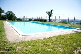 zwembad op 75 meter van ons huis