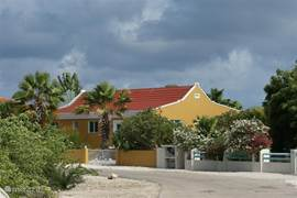 Sabal Palm is a beautiful well-kept residential area. In addition there are also a number of holiday residences with permanent residents. The atmosphere is cozy and there is good contact between the residents, although like everyone privacy is very important.