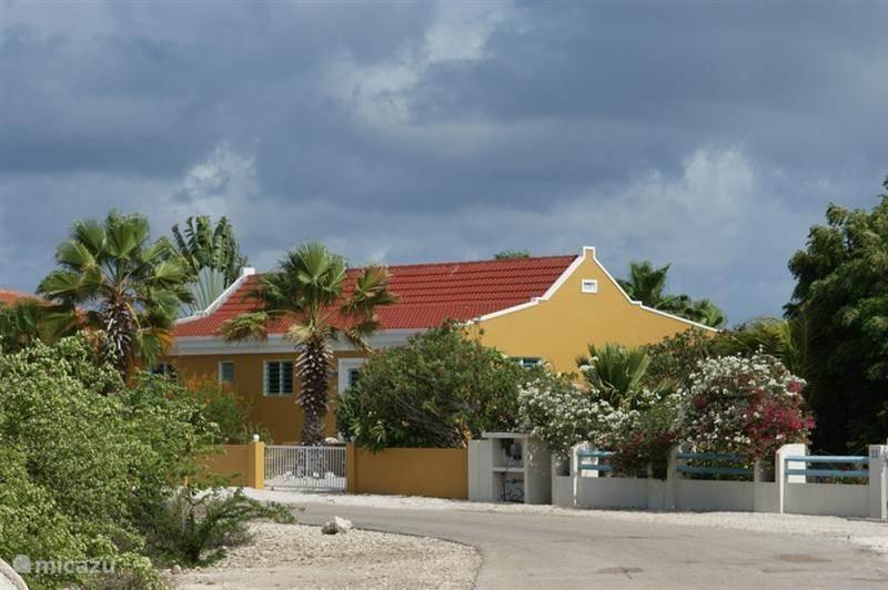 Vacation rental Bonaire, Bonaire, Belnem Holiday house Sabal Palm Villas
