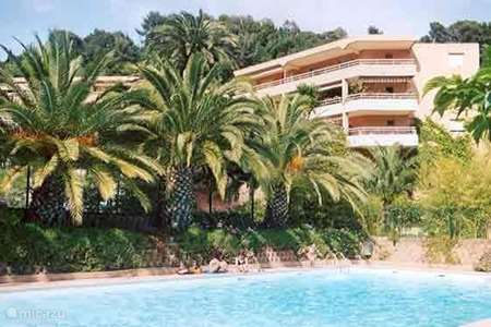 Vacation rental France, French Riviera, Menton apartment Menton-Edenval