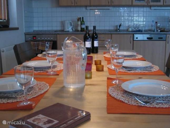 Vakantie is ook: heerlijk tafelen met familie of vrienden!