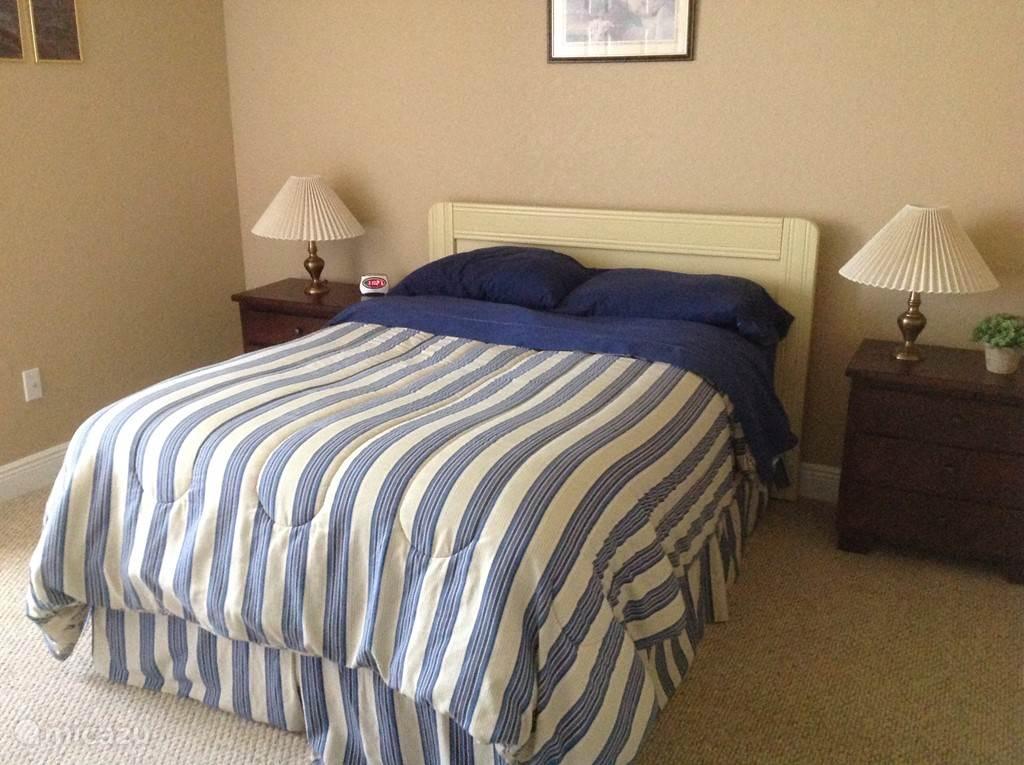 3e slaapkamer met ruime kledingkast.