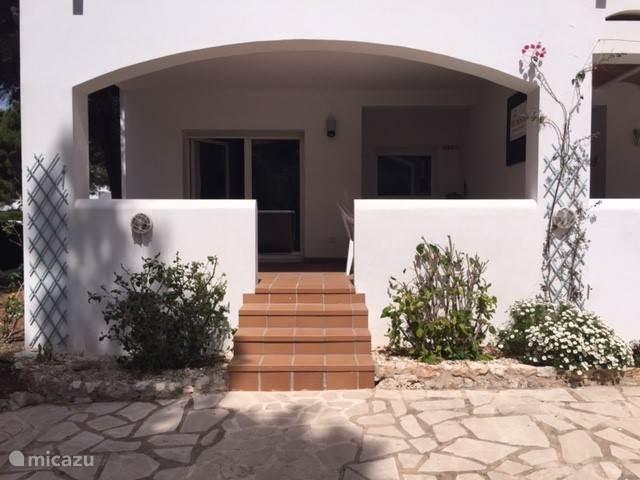 Appartement terras aan tuinzijde