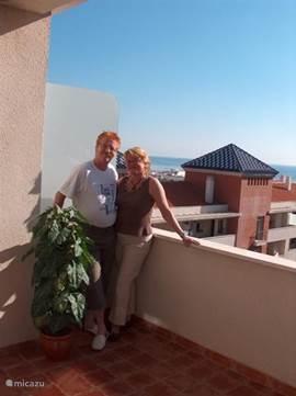 Wij hopen dat u een gezellig verblijf heeft in ons appartement! (foto: 3 december 2007, 24 graden in de zon)