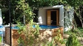 sauna met zwembadje