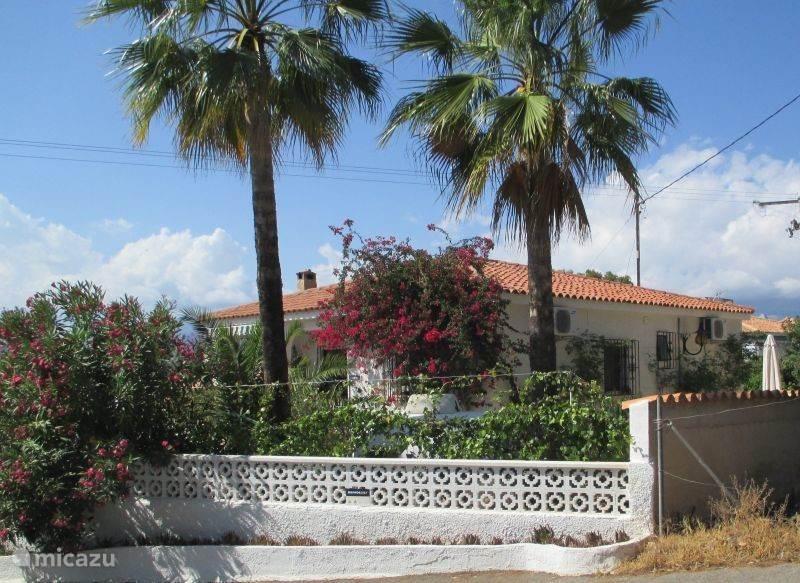 Van harte digitaal welkom in Villa CASA EL NOGAL!!  N.B. VOOR NOG MEER FOTO's: zie ook de rubriek AANVULLENDE INFORMATIE!