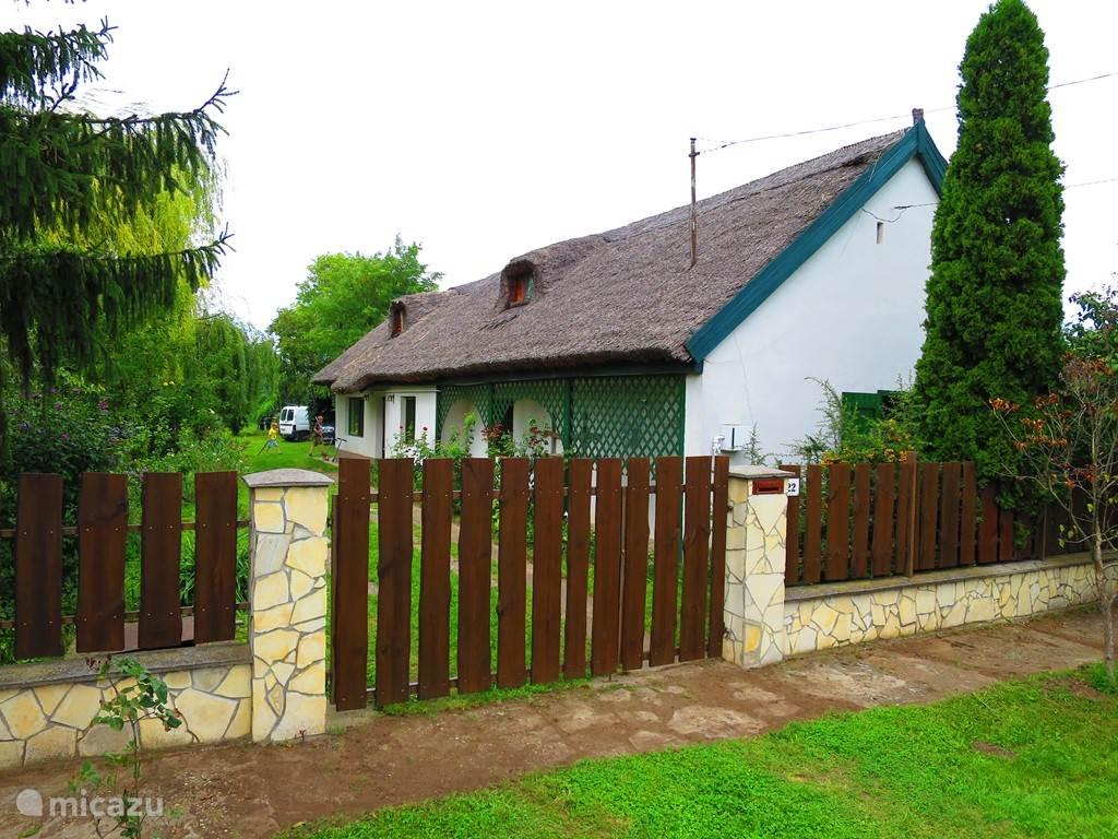 Vakantiehuis Hongarije, Balatonmeer, Balatonszabadi Boerderij Balaton zonnige boerderij bij Siofok