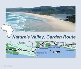 In het hart van de natuur is Nectar Cottage. Gevestigd in Nature's Valley is dit het enige dorpje binnen een Zuid-Afrikaanse Nationaal Park, het 'Tsitsikamma Forest Park'. Omringd door bos, lagune en zee is dit een magische plek! De paarl van de Tuinroute