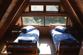Boven slaapkamer met aparte WC