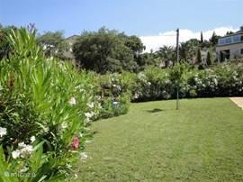 Heerlijke tuin met terassen
