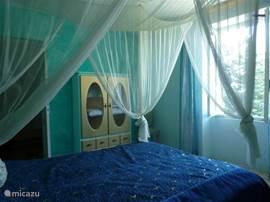 Il Sale  met ramen die uitijken op voor-/en zijtuin