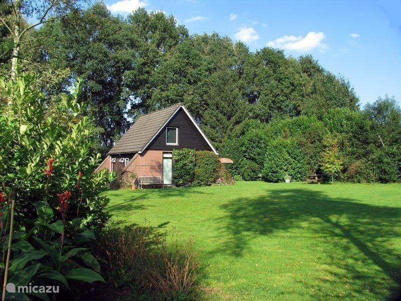 Vakantiehuis Nederland, Gelderland, Winterswijk Bungalow Vakantiehuisje in Winterswijk-Miste