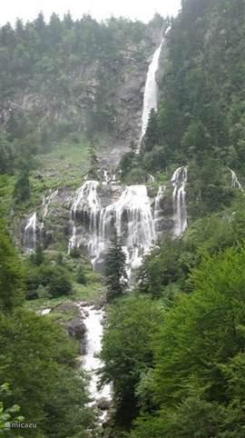 de grootste waterval van de Pyreneeen. Cascade d'ars