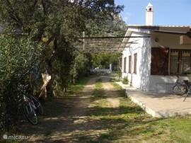De woning ligt op 200 meter afstand van de prachtige stranden van PerdePera.