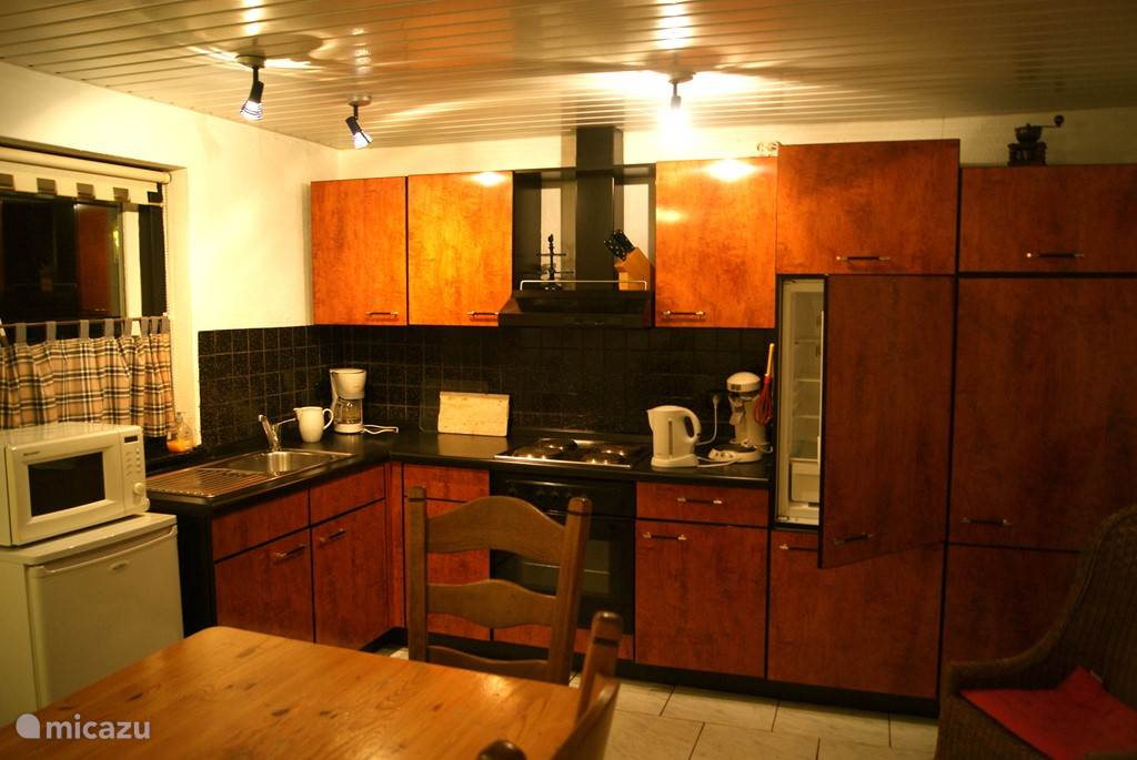keuken met inbouwapparatuur