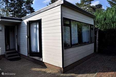 Vakantiehuis Nederland, Gelderland, Putten - chalet De oase te Putten op de Veluwe