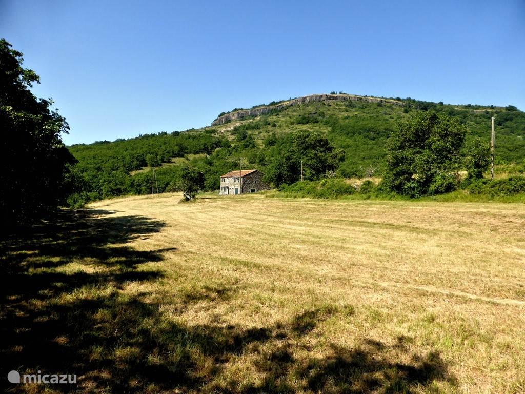 Vacation rental France, Ardèche, Saint Jean Le Cent Irish - farmhouse La Grange aux Boirons