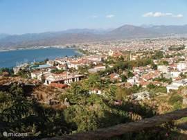 Uitzicht over Fethiye