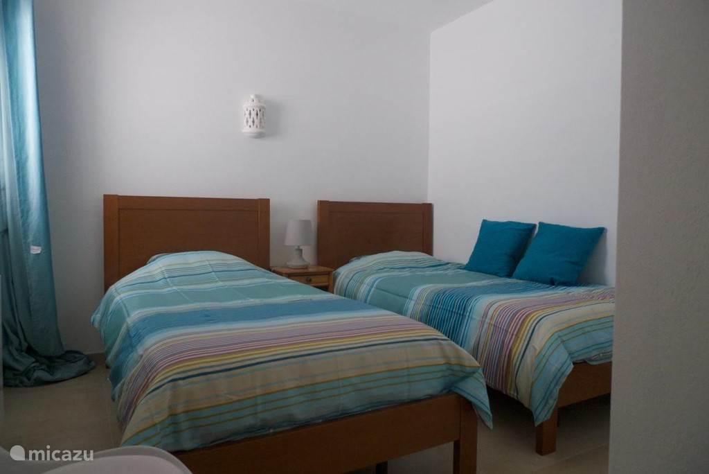 Slaapkamer 1 aan voorzijde
