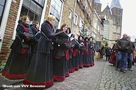 In onze favoriete stad Deventer (5e evenementenstad 2007) wordt veel georganiseerd zoals het befaamde Dickensfestijn en Europa's grootste boekenmarkt. De oude Hanzestad is een bezoek meer dan waard, en ligt op slechts 15 min. rijden.