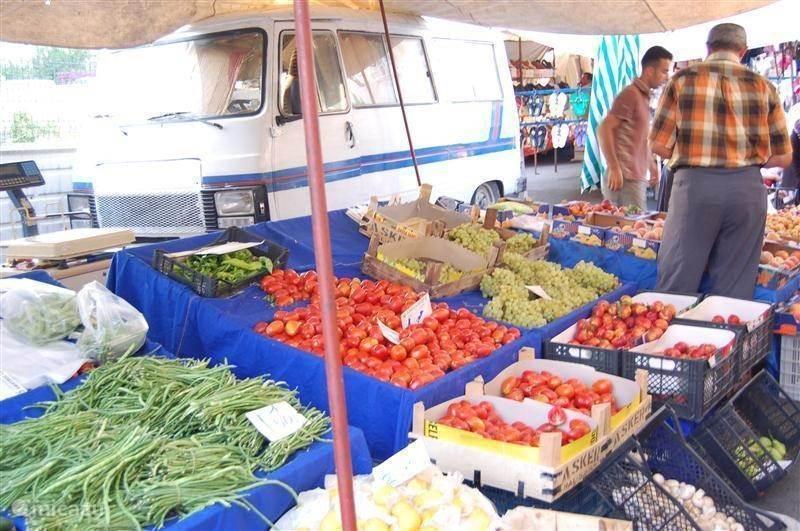 Bezoek de markt in Cikcilli