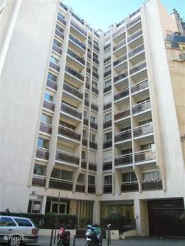 Het appartementengebouw