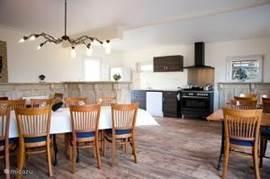 huiskamer / keuken (Schapestal)