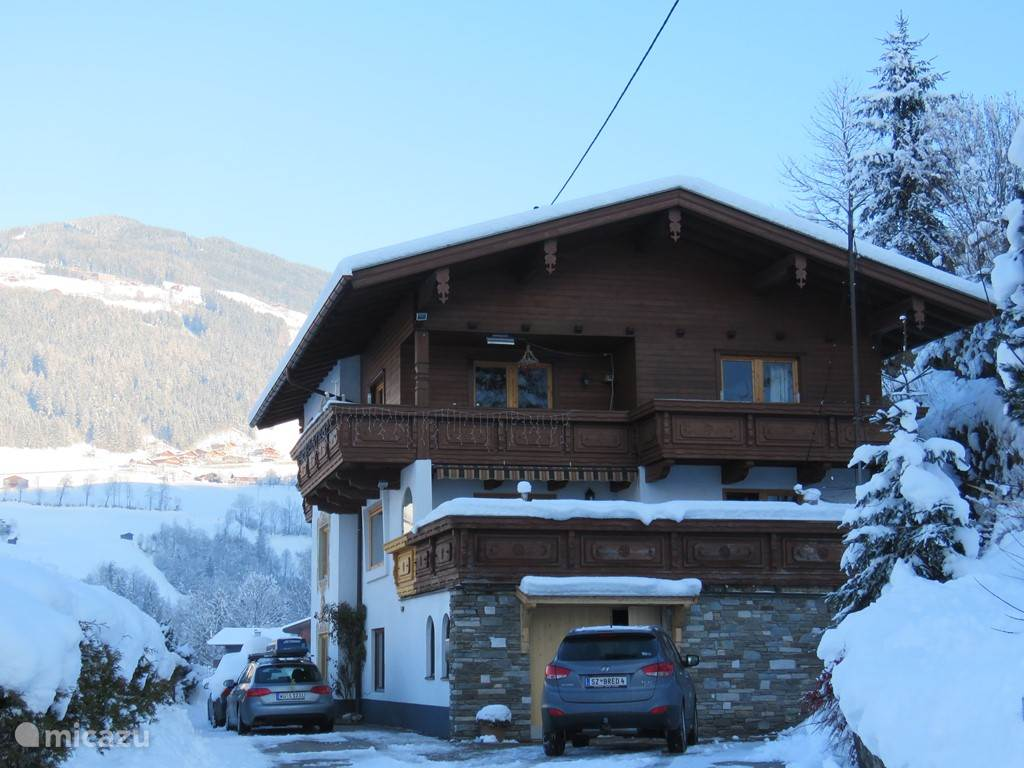 Vacation rental Austria, Tyrol, Zell am Ziller holiday house Braunhof Apartments 16 Persons