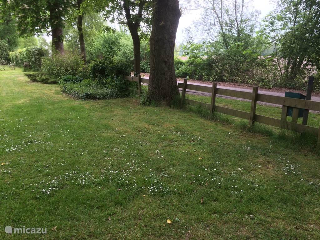 Landschappelijke ligging van de tuin.