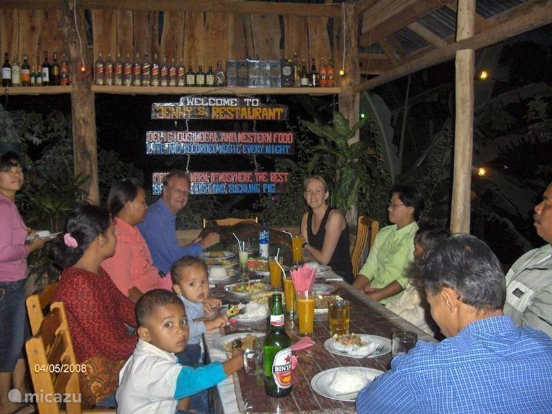 Restaurants in Tuk Tuk