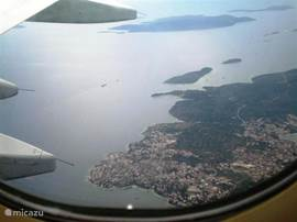 Okrug Gornji uit het vliegtuig