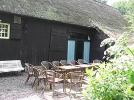Terras en entree Borckerhof 3