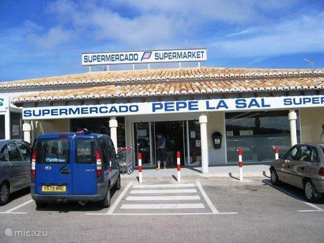 Supermarkt.(centro comercial)