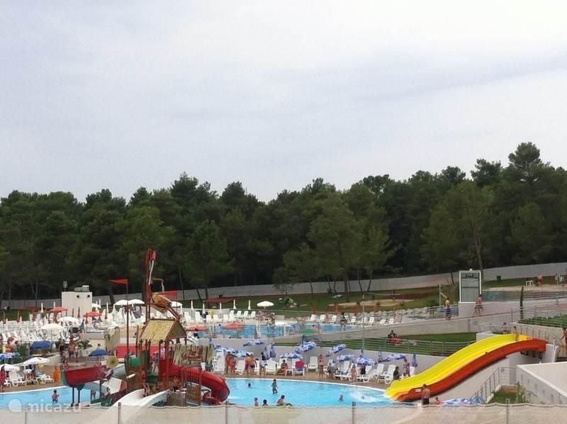 Aquapark Novigrad het bevind zich op een kleine 10 minuten van onze appartementen
