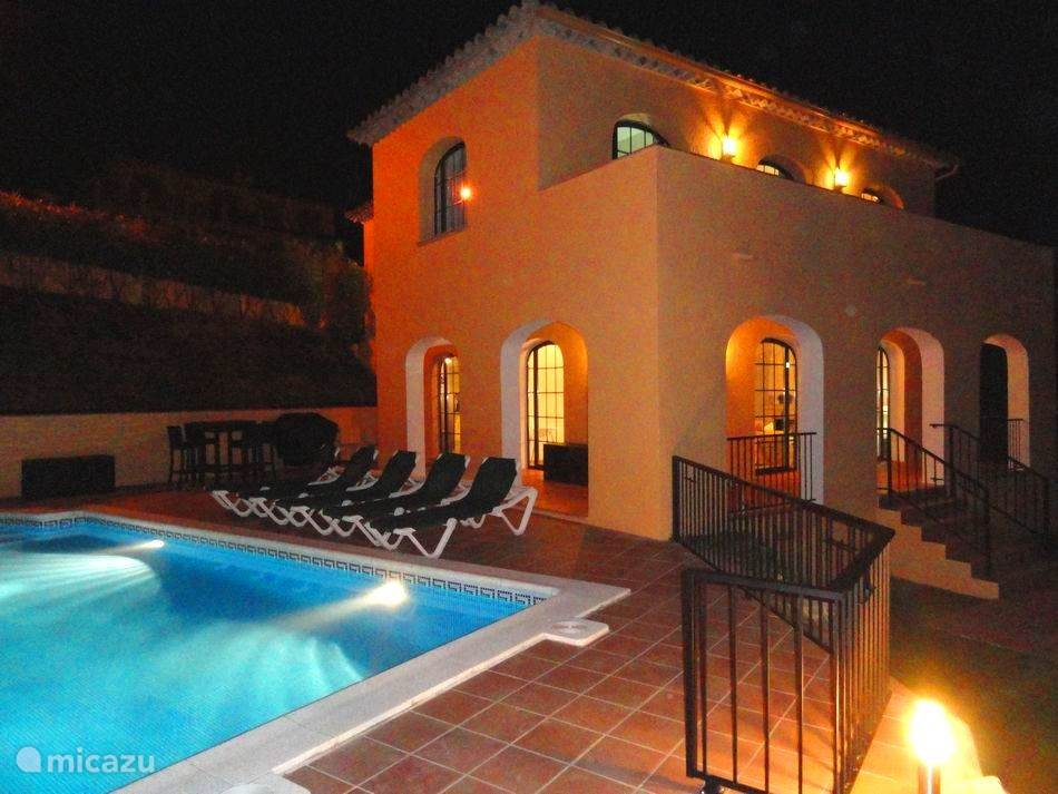 Villa S´Agaro @ night