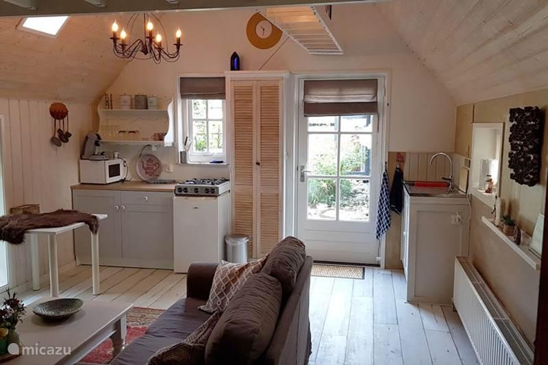 Vakantiehuis Nederland, Groningen, Sellingen Bed & Breakfast De Stee, Vakantiehuisje en B&B
