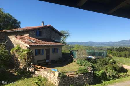 Vacation rental France, Puy-de-Dôme – holiday house Bel Horizon (vakantiehuis Knepper)
