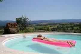 Het (kleine) privé zwembad met uitzicht