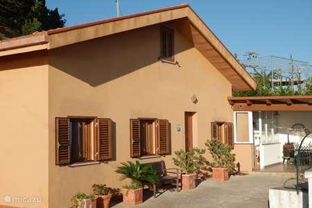 Vakantiehuis Italië, Sicilië – vakantiehuis Casa Sirena