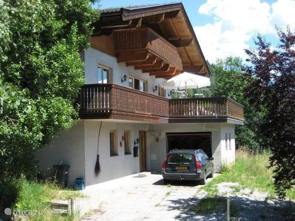 Vacation rental Austria, Salzburgerland, Kaprun Chalet Va et Vient (im Schnee)