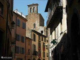 Orvieto (25 min)
