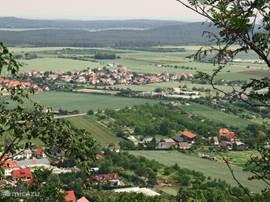 Uitzicht vanaf de Teufelsmauer.