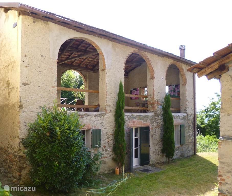 Vakantiehuis Italië, Piëmont, Malvicino Vakantiehuis Casa Fiorita Stalla