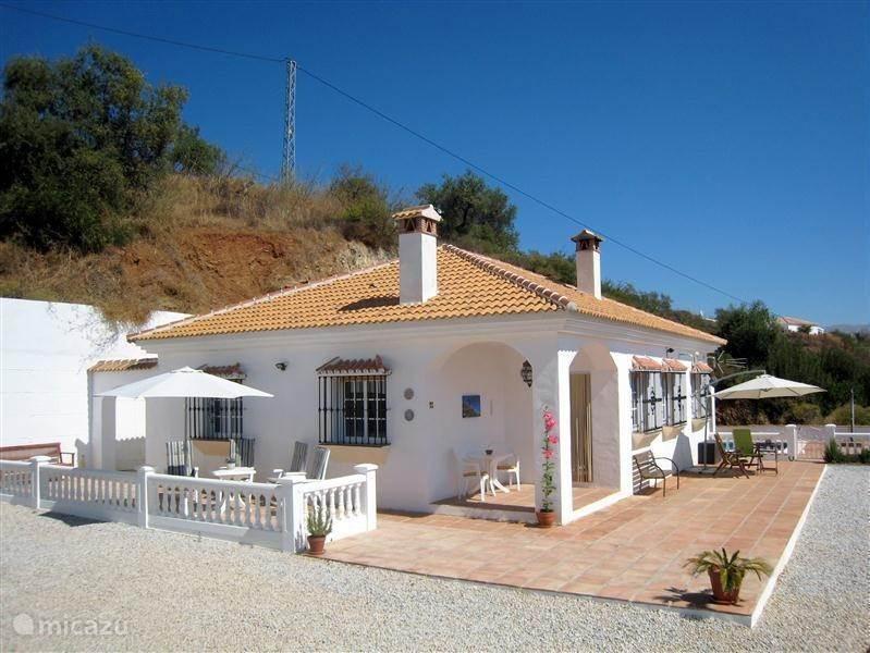 Vakantiehuis Spanje, Andalusië, Colmenar Villa Villa Lasata Droomhuis onder de zon