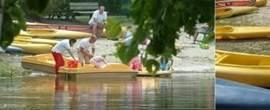 Op het meer zijn volop watersporten mogelijk.
