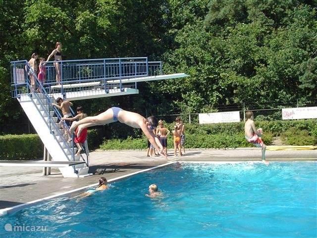 U maakt op Timmerholt gratis gebruik van de zwembaden die de gemeente Midden-Drenthe u biedt.