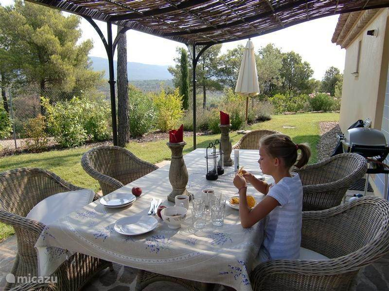 Vacation rental France, Provence, La Motte Bungalow Villa St. Endréol