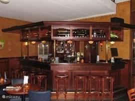 Bar in het centrumgebouw